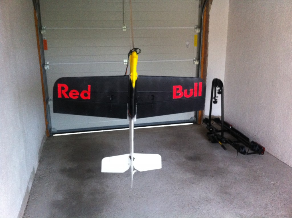 RedBull Parkmaster von Unten